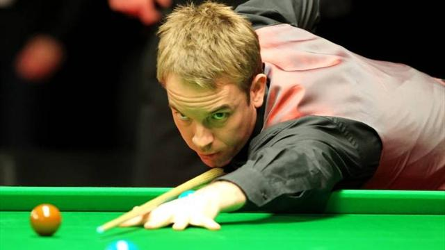 Carter grinds out win - Snooker