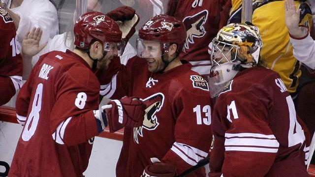 Coyotes pounce in OT to subdue Predators