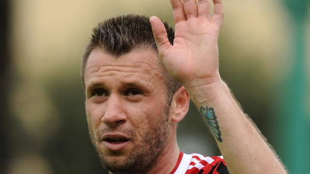 Milan resigned to losing Cassano