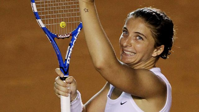 Errani continues run - Tennis