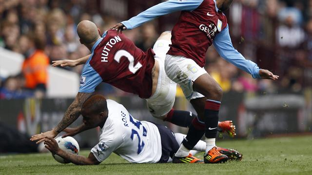 Villa hold 10-man Spurs to draw
