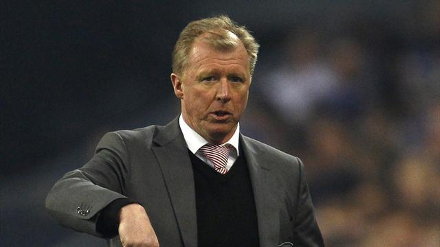 McClaren's Twente maintain perfect start