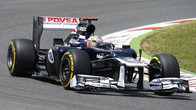 Maldonado leads way in Valencia