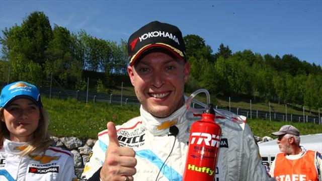 Huff races to pole - WTCC