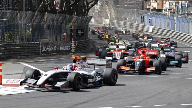 Top five eye F1 demo drive - World Series Renault - Formula Renault 3.5