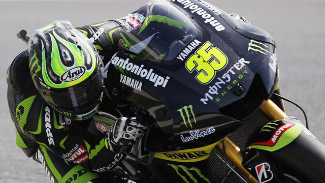 Crutchlow to race with broken ankle