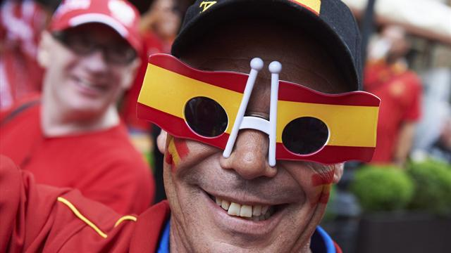 Spain and Russia fined - Football - Euro 2012