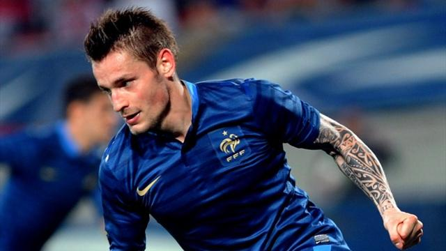 Debuchy desperate for Newcastle move
