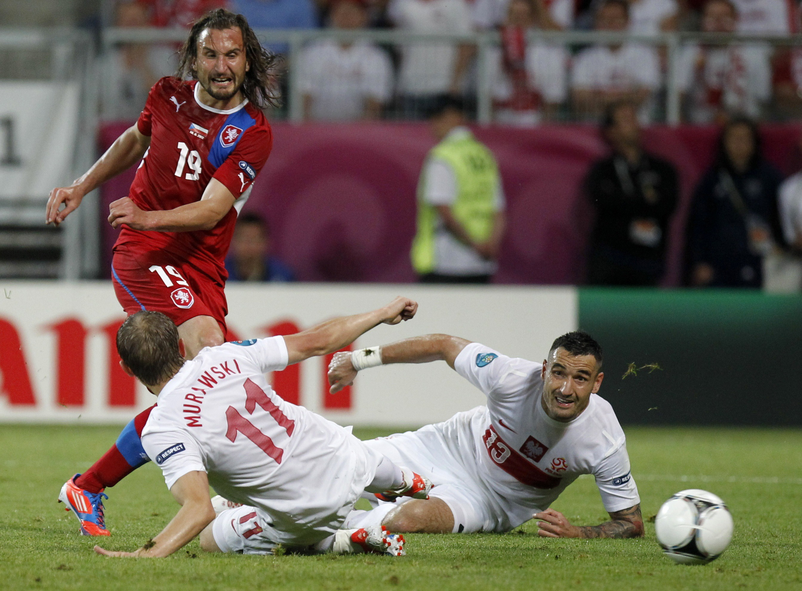 Czechs through, Poland out - Football - Euro 2012