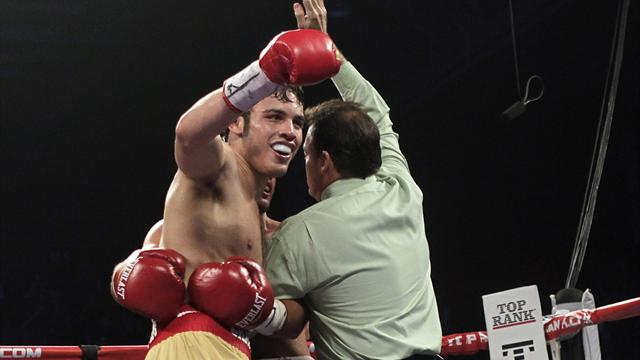 Chavez stops Lee - Boxing