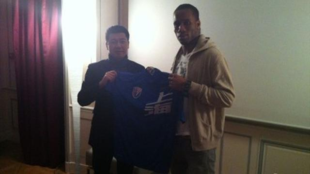 Drogba leaves Chelsea for China