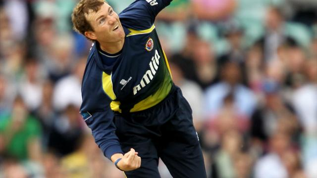 Essex edge to victory at Lord's