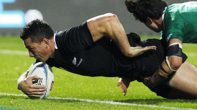 Ireland mauled by NZ - Rugby