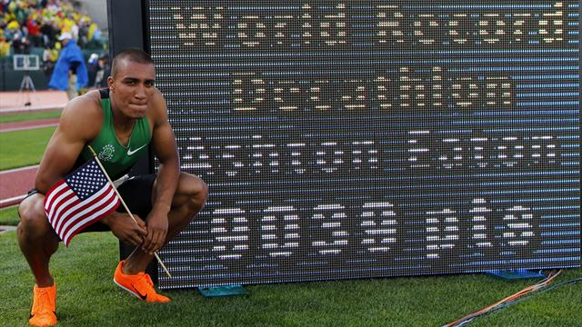 Eaton sets decathlon record in trials