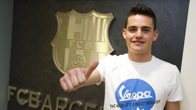 Barcelona sign Roman - Football - Liga
