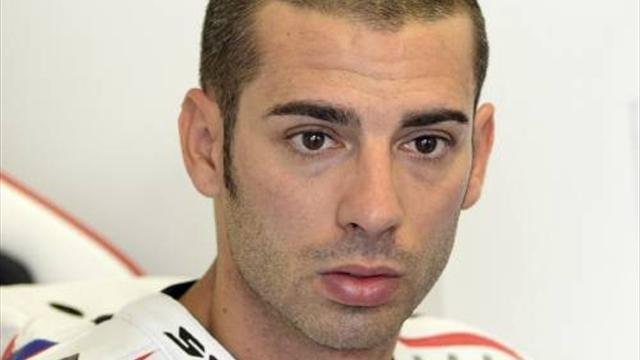 Melandri on top in Aragon - Superbikes