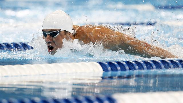 Phelps celebrates birthday with another heat win