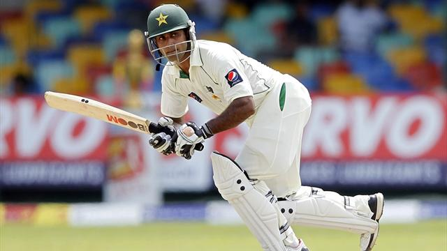 Hafeez misses double ton - Cricket