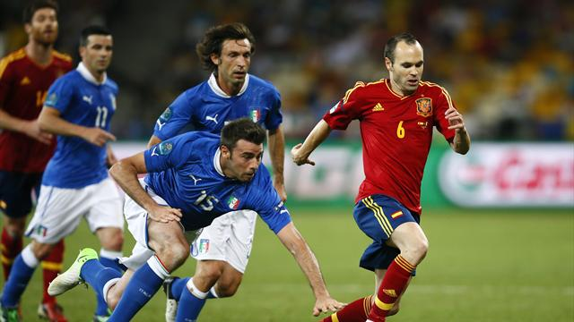 Iniesta player of Euros - Football - Euro 2012
