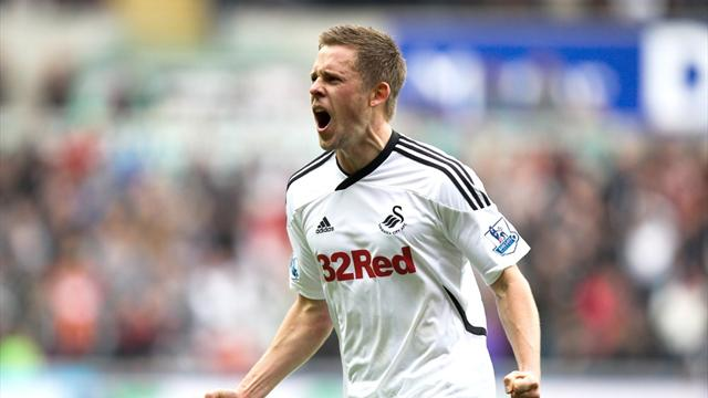 Tottenham sign Sigurdsson - Football - Premier League