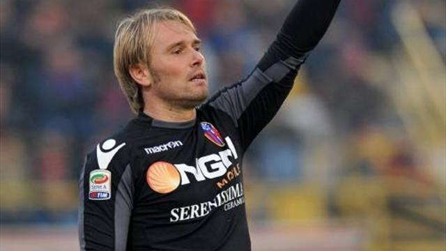 Gillet moves to Turin - Football - Serie A