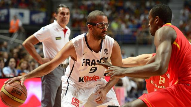 Spain thump France - Basketball