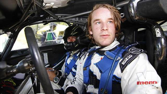 Ostberg escapes crash - WRC