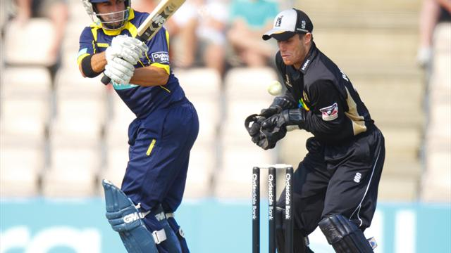 Johnson joins Derbyshire - Cricket