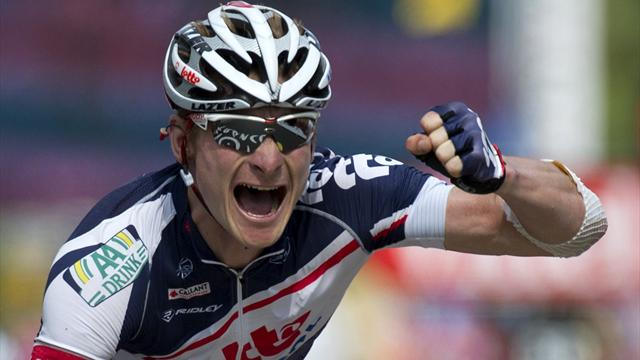Greipel takes third win in Tour