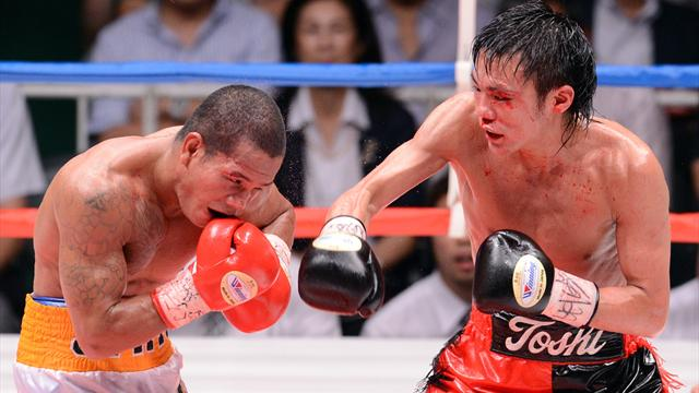 Igarashi beats Jaro for flyweight title