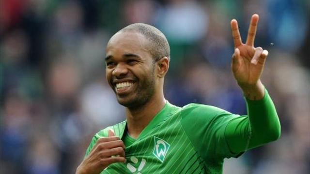 Naldo joins Wolfsburg - Football - Bundesliga