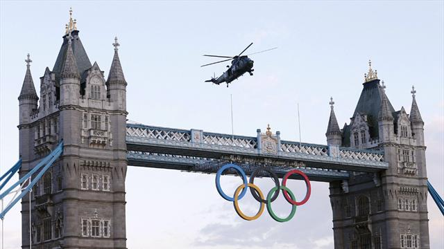 Torch reaches London  - Olympic Games