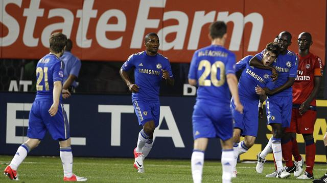 Piazon hands Chelsea draw with PSG