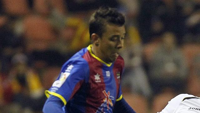 Arsenal's Pedro loaned out again