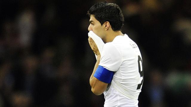 Suarez blasts British fans for 'lack of respect'