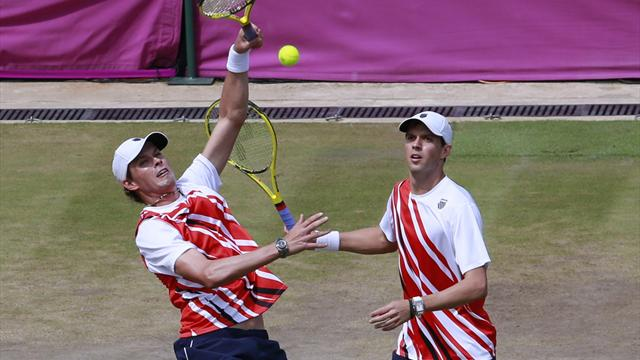 Bryan brothers reach Olympic doubles final