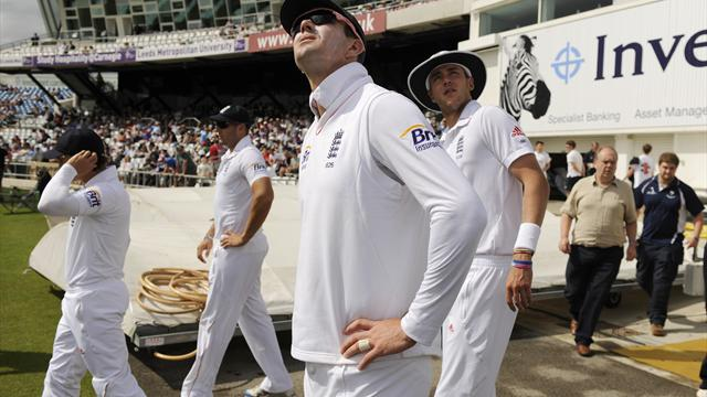 Rain dents England hopes - Cricket