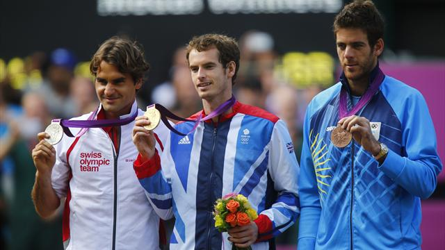 Murray thrashes Federer to win Olympic gold