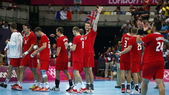 Serbia let Hungary into Olympic handball quarters