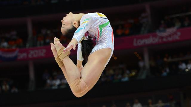 Deng seals China Olympic one-two on beam