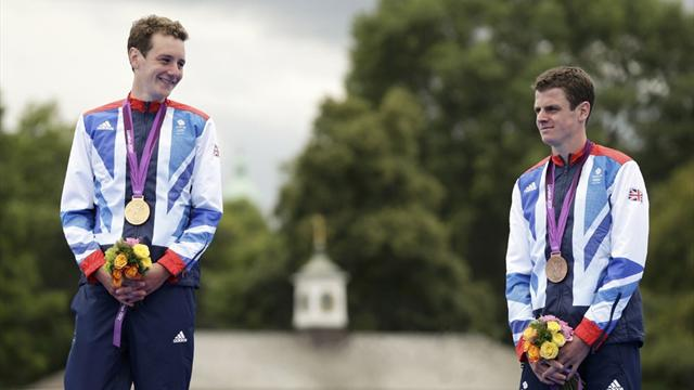 No Brownlee plans to cross line together