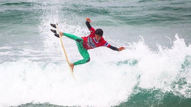 Toledo on top in Newquay - Surfing