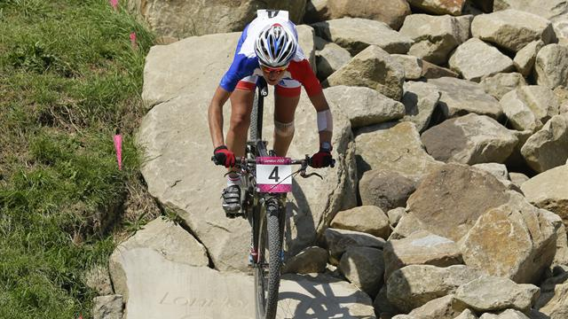 Bresset wins Olympic mountain bike gold, Last eighth
