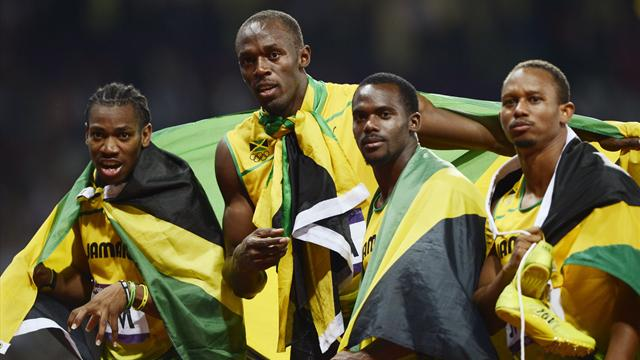 Bolt and Jamaica break 4x100m world record