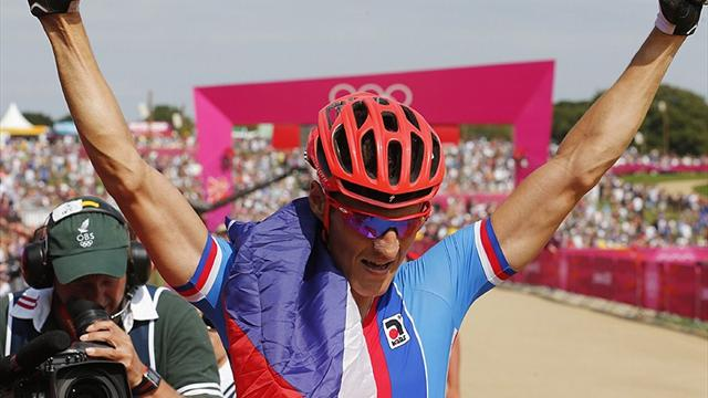 Absalon crashes as Kulhavy wins Olympic mountain bike gold