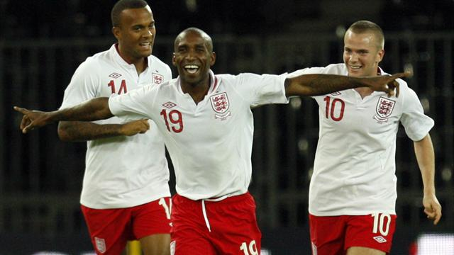 Defoe strike seals England win over Italy