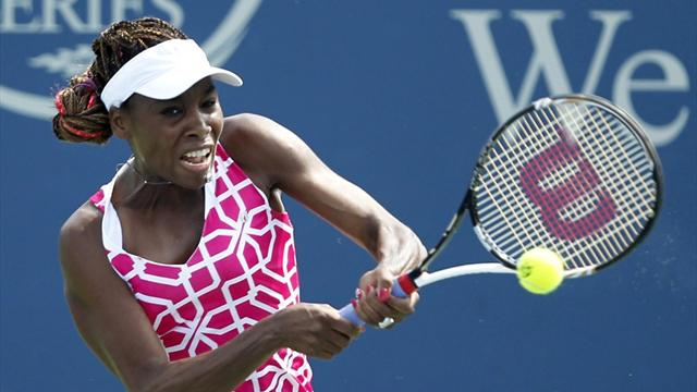 Venus fights back again, Radwanska cruises in Cincy
