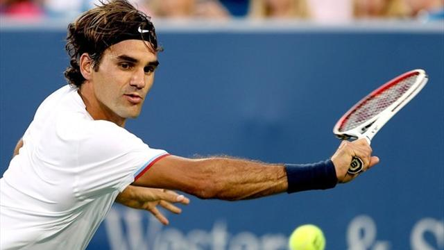 Federer books date with Wawrinka in Cincinnati
