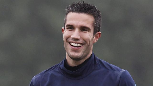 Ferguson: Van Persie set for United bow on Monday