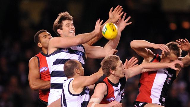 Cats defeat Saints - Australian Football